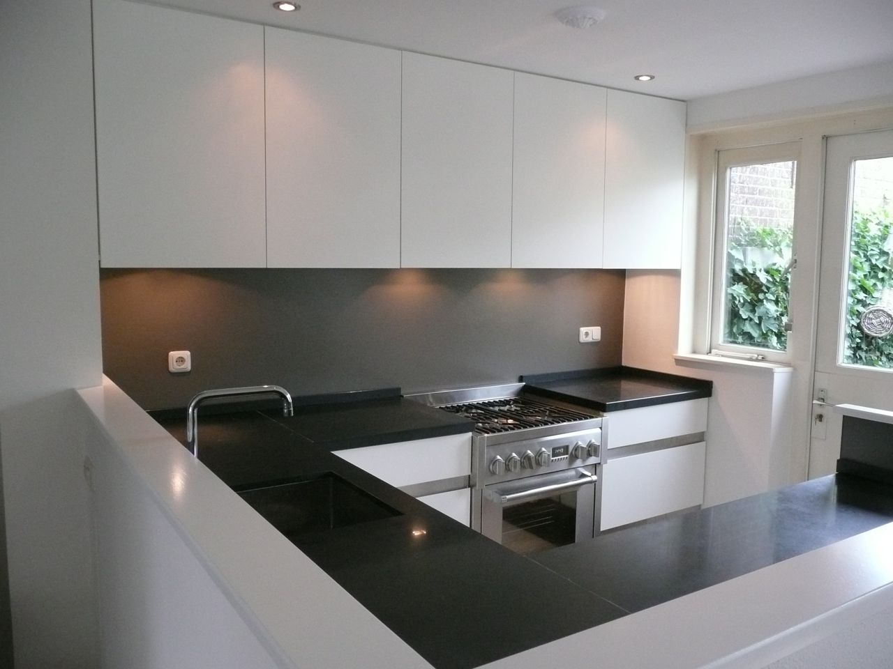 Keukens Waalwijk: Nieuw riverdale keukens by tieleman houten in ...